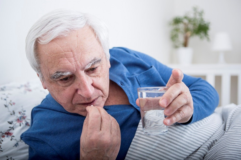 Certain medication use associated with dry mouth in older adults