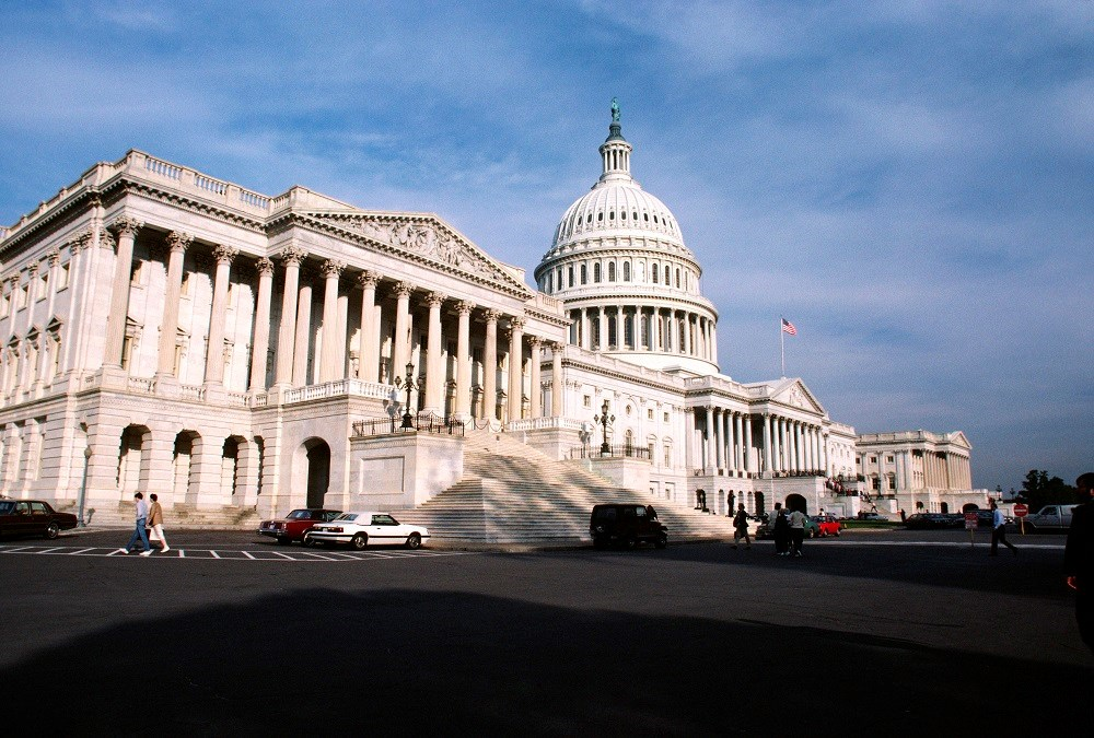 Congress urged to reverse CMS clinician payment policy