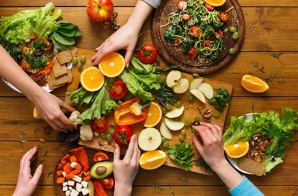 Low-fat vs low-carbohydrate diets for weight loss