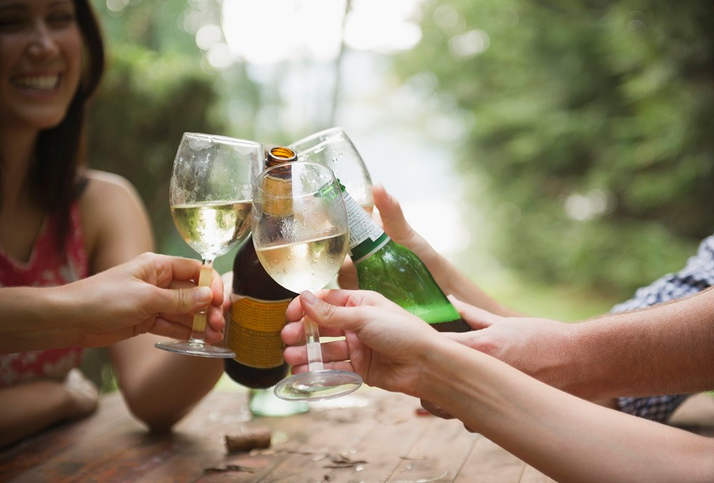 Alcohol consumption was roughly associated with a higher risk of stroke, coronary disease excluding myocardial infarction, heart failure, fatal hypertensive disease, and fatal aortic aneurysm.
