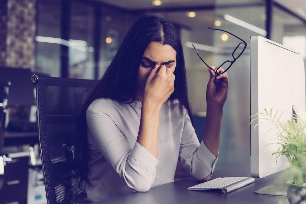 The investigators compared oral medication, botulinum toxin type A injections, and endoscopic decompression surgery for treatment of patients with frontal chronic headaches.