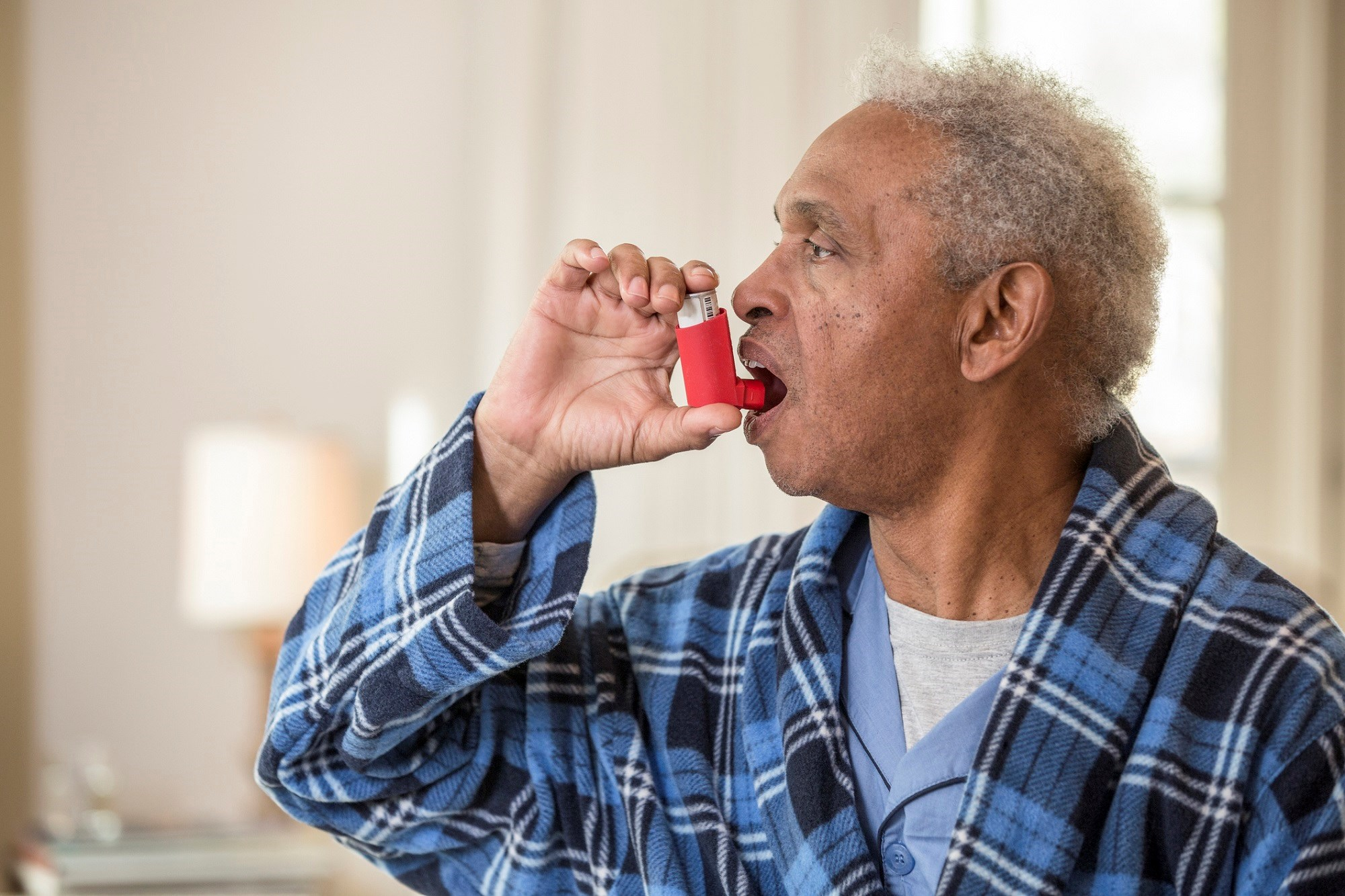 An as-needed combined corticosteroid/beta-agonist inhaler may be an attractive treatment option for patients with mild asthma.